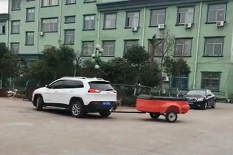 Plastic box trailer driving