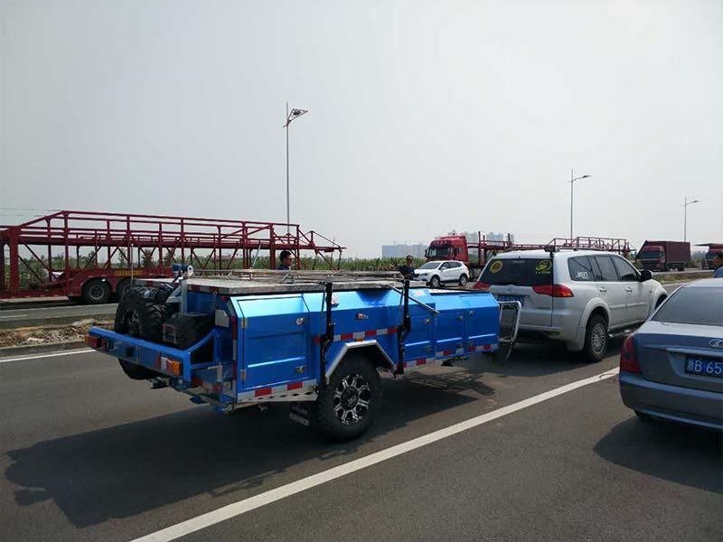 Snowaves Mechanical forward fold up trailer Suppliers for accident-3